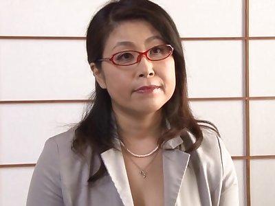 Asian mature Mizuno Yoshie enjoys masturbating be beneficial to will not hear of lover