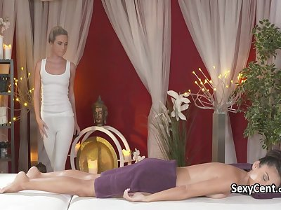 Hot milf as a masseuse love pussy