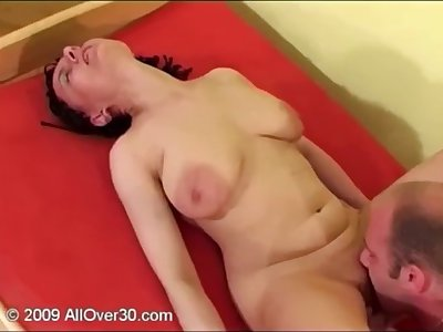 Sexy mature with big saggy knockers