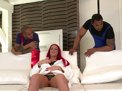 Black workers tidbit BBC-lover Paige Delight to DP pleasures