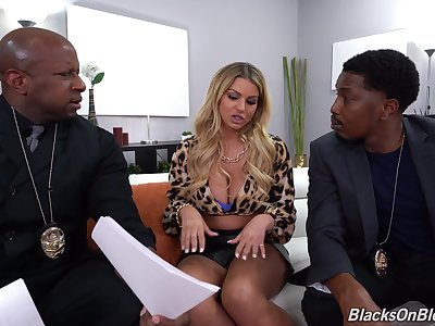 Anal fucked hard by a pair be useful to black lovers regarding massive cocks