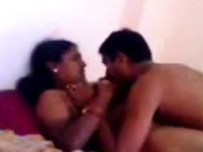 Indian grown-up couple fucking. Nice shy aunty