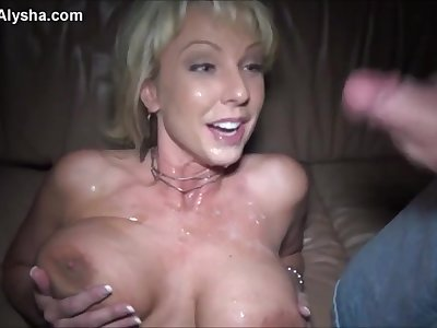 Mature whore gets cum on breast in the car - amateur threesome