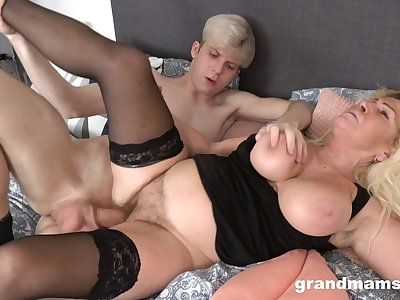 Lad fucks his fat ass mature aunt until she falls exhausted